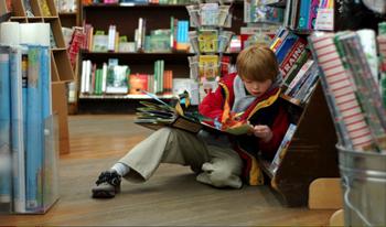 """Un libro che spiega il vero valore del denaro """"Il bambino che non aveva soldi"""""""