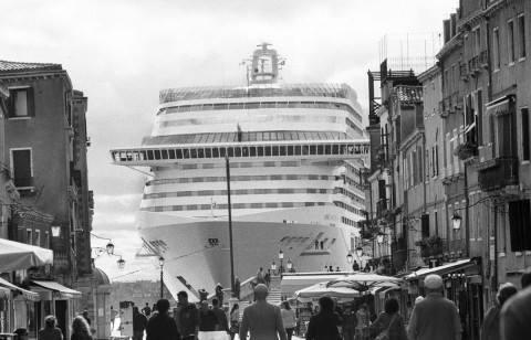 Gardin navi Venezia Mostra