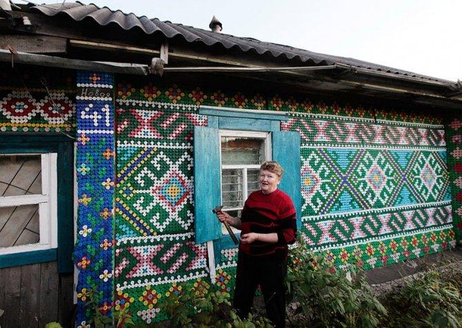 LA RUSSIA E LE DECORAZIONI CON I TAPPI DI BOTTIGLIA
