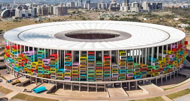 Casa futebol trasformare uno stadio in case economiche for Grandi case economiche