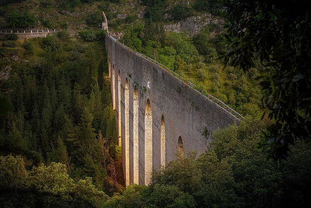 SPOLETO-NORCIA: LA FERROVIA ABBANDONATA DIVENTA PISTA CICLABILE