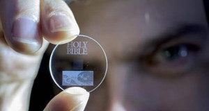 5D GLASS DISC – SUPPORTO DATI IN VETRO CON CAPACITA' INFINITA