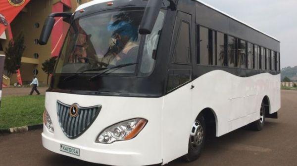 KAYOOLA KIIRA MOTORS – IN UGANDA IL PRIMO AUTOBUS AD ENERGIA SOLARE