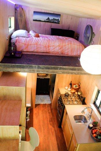 Joel Weber ha costruito una tiny house per non pagare l'affitto