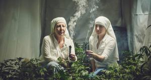 THE SISTERS OF THE VALLEY - SUORE COLTIVANO MARIJUANA PER SCOPI TERAPEUTICI