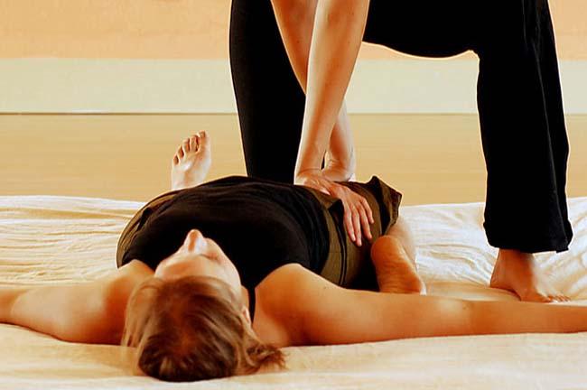 Terapie Alternative, Olistiche, Energetiche: cosa significano e quali le differenze? Massaggio-Thailandese