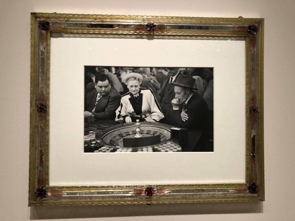 Palazzo Grassi riapre con la fotografia. Cartier Bresson e Nabil
